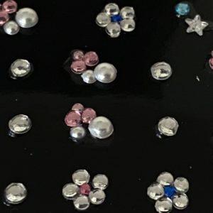 Profi NailArt Sticker - 3D Blumenmuster mit Sternen und Steinchen.