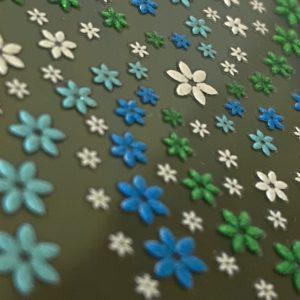 Profi NailArt Sticker - Blumenmuster mit leichtem Glitzereffekt.