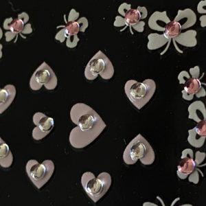 Profi NailArt Sticker - Schmetterlinge und Herzen mit Steinchen.