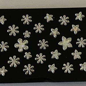 Profi NailArt Sticker - Blumen mit Silbereffekt.